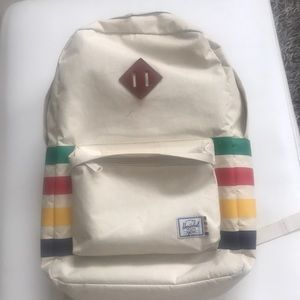 Hudson Bay ,Herschel back pack